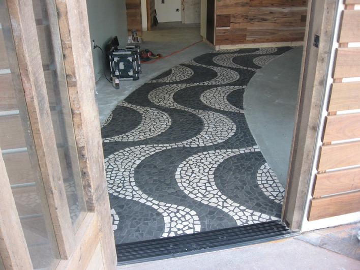 CUSTOM PEBBLE TILE MOSAIC INSTALLATION PICTURE