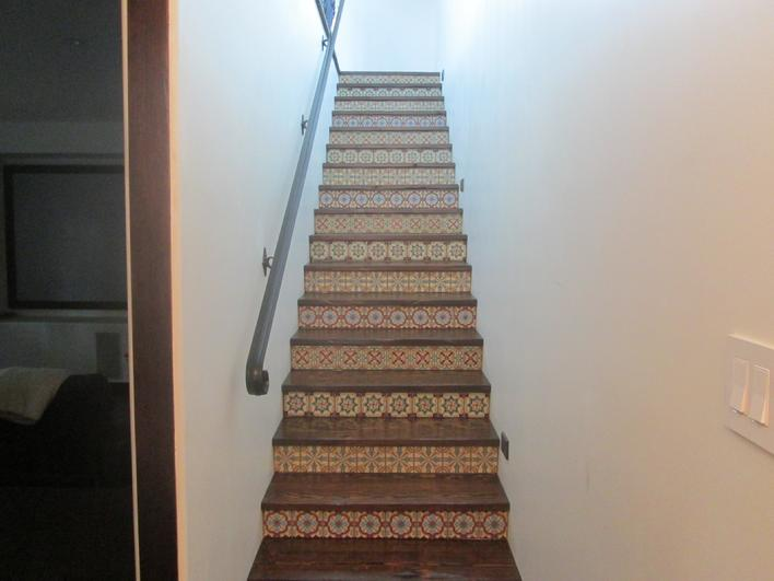 FABRICATE & INSTALL RECLAIMED HARDWOOD STAIRCASE & STEPS SAN DIEGO