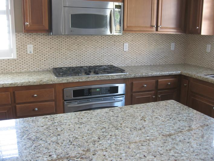 kitchen travertine tile backsplash